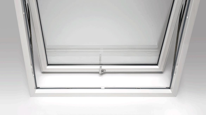Finestre Oknoplast Prolux Swing: smart e salva spazio.